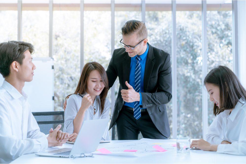 encouraging work environment, corporate culture